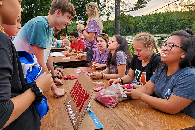 Teens lead a Stock Market game at Wildwood